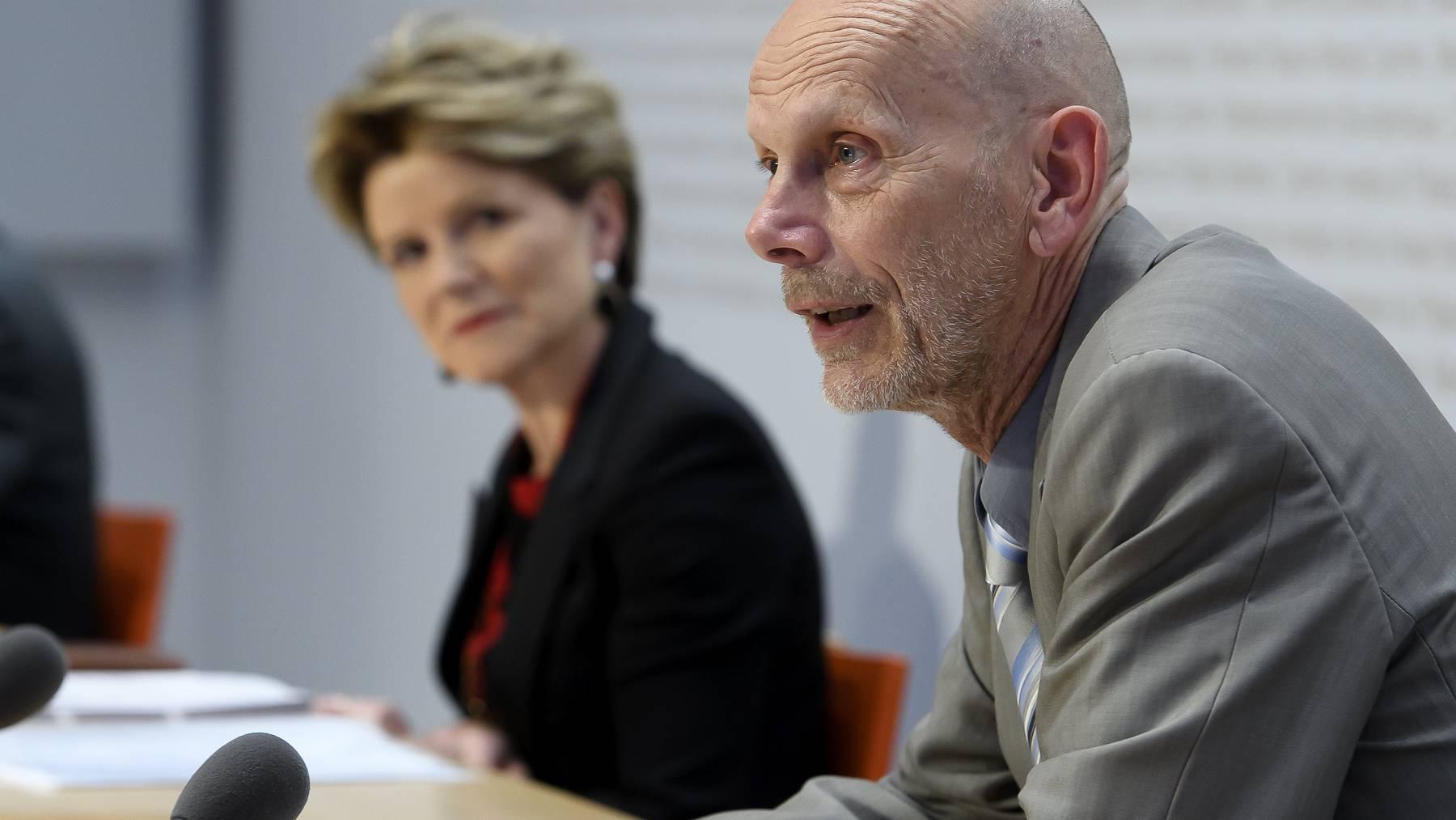 Marie-Gabrielle Ineichen-Fleisch vom Seco und Daniel Koch vom BAG teilten die Neuigkeiten aus ihren Ämtern mit.