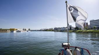 Laden beim aktuell schönen Wetter erst recht zu einem Ausflug: die Basler Personenschiffe.