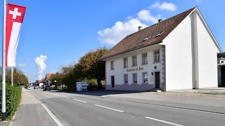 Der Abriss der Dorfbeiz und der darauffolgende Neubau wurden von der Baukommission bewilligt.