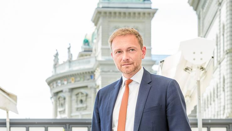Christian Lindner (39) auf der Terrasse des Hotels Bellevue in Bern: Der Chef der deutschen FDP ist regelmässig in der Schweiz.