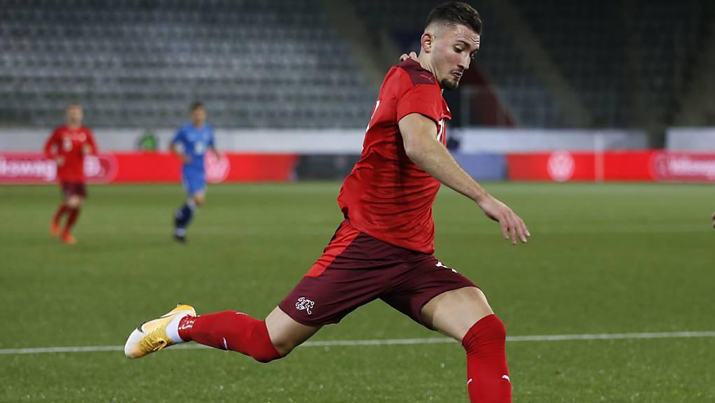 Der Schweizer Nachwuchsinternationale Andi Zeqiri sammelt erste Erfahrungen in der Premier League.
