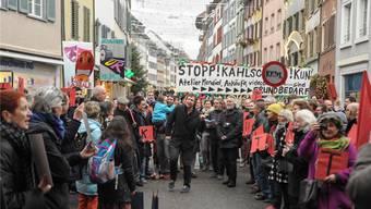 Sie sind wütend und besorgt: Künstler, Kulturschaffende und Kulturfreunde demonstrierten gestern vor dem Liestaler Regierungsgebäude gegen die geplanten Kürzungen des Kulturbudgets.