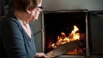 Diese Familie friert nicht, obwohl nur mit Holz geheizt wird