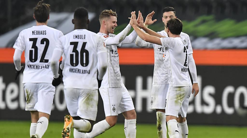 Schweizer Quartett dreht mit Gladbach Spiel gegen die Bayern