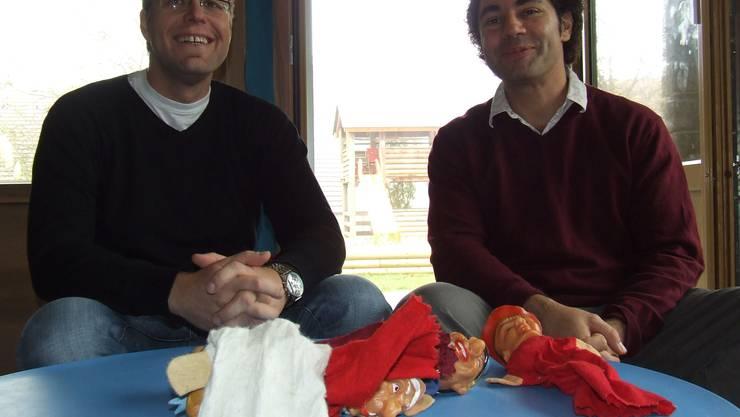 Auch männliche Bezugspersonen sind für Kinder wichtig. «Müsliburg»-Chef Leo Lalkaka (rechts) und Krippenleiter Pascal Petermann. (Bild: Thomas Stöckli)