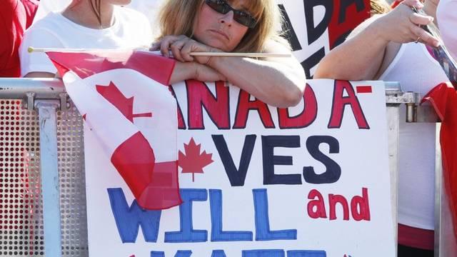Diese Kanadier freuen sich über den Besuch des britischen Prinzenpaares