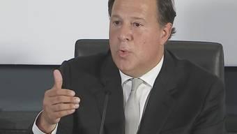Panamas Präsident Varela, hier bei einem TV-Auftritt, streitet ab, Wahlkampfspenden vom brasilianischen Baukonzern Odebrecht erhalten zu haben und lässt eine Liste seiner Spender veröffentlichen. (Archivbild)