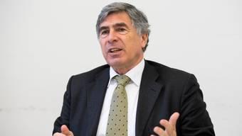 Christoph Eymann war bis 2017 Erziehungsdirektor des Kantons Basel-Stadt. Heute sitzt er für die LDP im Nationalrat, wo er der FDP-Fraktion angehört.
