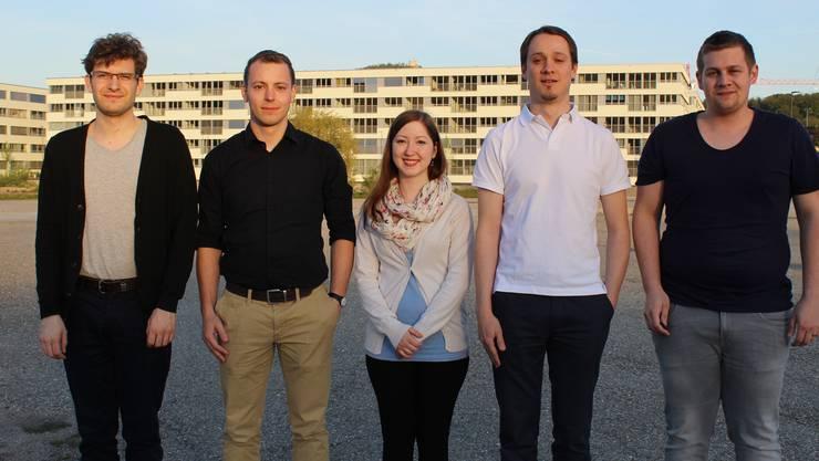 Vorstand Quartierverein Olten Südwest: (v.l.) Samuel Weiss (Präsident), Jonas Däster (Presseverantwortlicher), Patrizia Oesch (Aktuarin), Alain Annaheim (Vostandsmitglied) und Kevin Trüssel (Kassier).