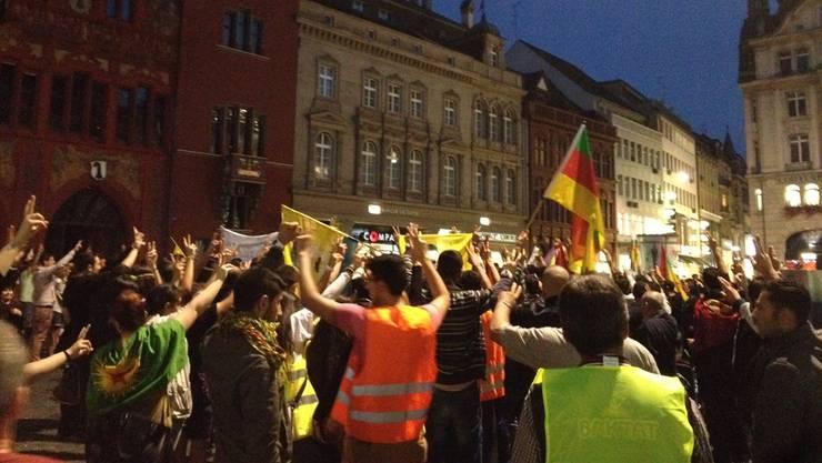 Eine Demo wie diese im Herbst 2014 gegen den IS fand in Basel seit dem gescheiterten Militärputsch vom Wochenende in der Türkei noch keine statt.