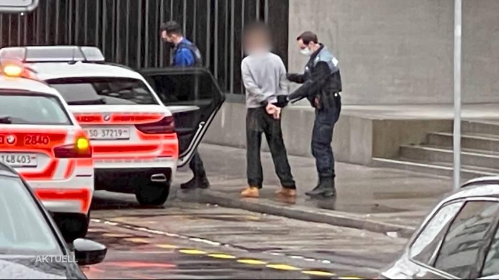 Auto-Aufbruch-Serie: Kantonspolizei Solothurn nimmt mutmasslichen Täter fest