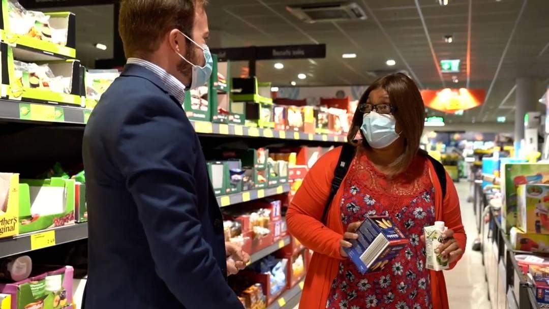 Waadt: Beim Einkaufen gilt Maskenpflicht
