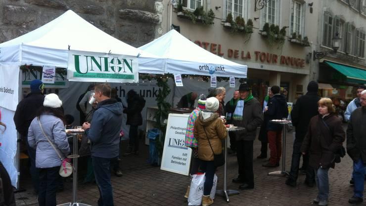 Glühweinverkauf zugunsten des Entlastungsdienstes Solothurn