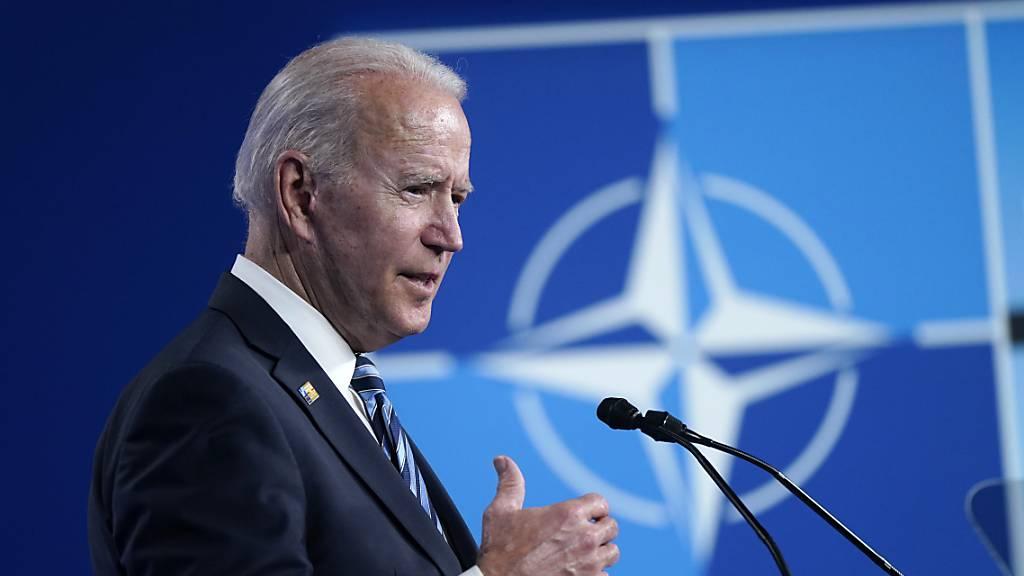 US-Präsident Joe Biden spricht auf einer Pressekonferenz während des Nato-Gipfels im Nato-Hauptquartier. Foto: Patrick Semansky/ AP/dpa