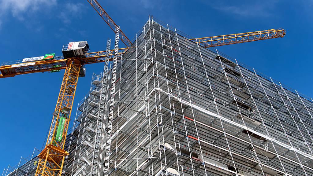 Die deutsche Baubranche hat so dicke Auftragsbücher wie noch nie. (Archivbild)