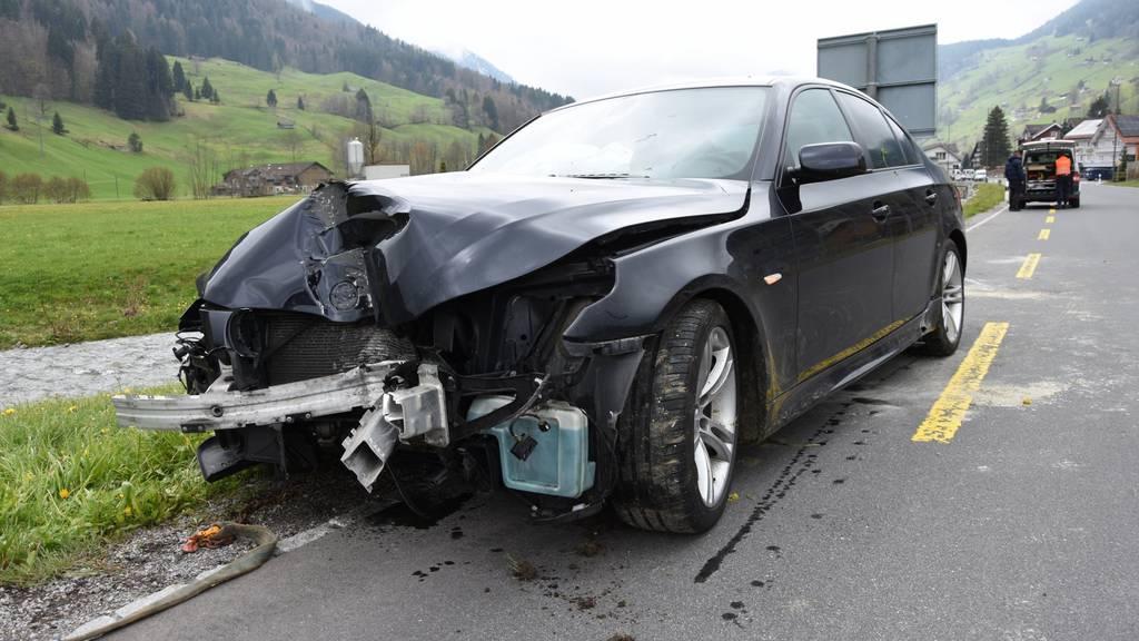 Ein 48-Jähriger hat in Unterwasser sein Auto geschrottet.