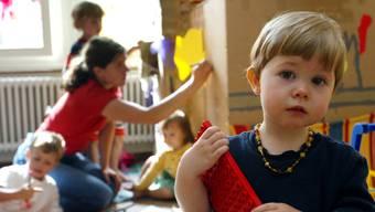 Soll in Zukunft erschwinglicher sein: Kinderbetreuung als Unterstützung für Eltern.