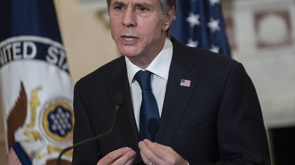 Antony Blinken, Außenminister der USA, spricht im Außenministerium der Vereinigten Staaten. Foto: Andrew Caballero-Reynolds/Pool AFP/AP/dpa