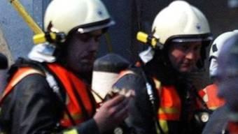 Die ausgerückte Feuerwehr konnte den Glimmbrand rasch löschen. (Symbolbild)