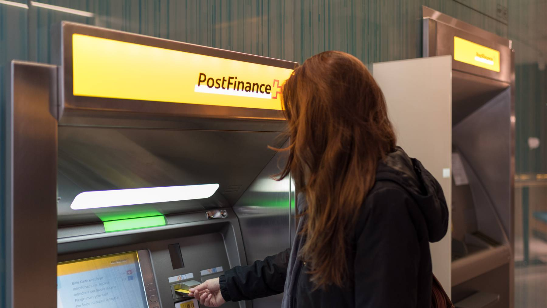 Die Postfinance hat 100 Postomaten vorläufig ausser Betrieb genommen.