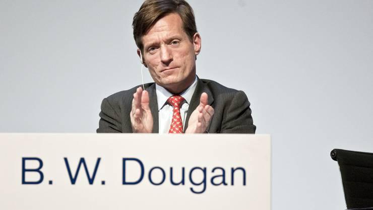 Absoluter Spitzenreiter ist CS-Mann Brady Dougan: 1812 Mal mehr verdient er als sein Mitarbeiter mit dem kleinsten Einkommen in der Bank.