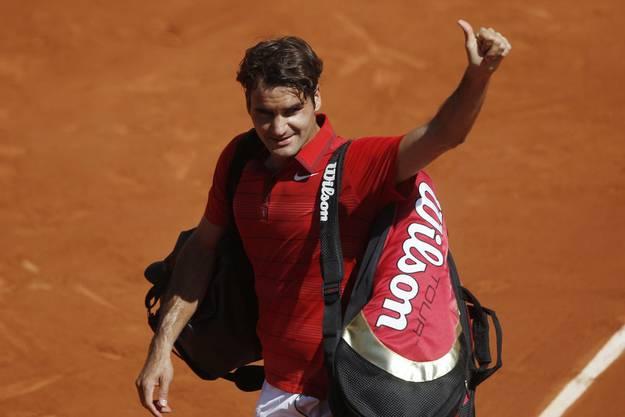 Wieder Paris, wieder Achtelfinal, wieder ein Drei-Satz-Sieg für den «Maestro». Für einmal aber ist das Turnier für Federer nach dem Sieg gegen Wawrinka nicht in der nächsten Runde vorbei. Er kämpft sich in den Final vor, unterliegt dort aber Rafael Nadal in vier Sätzen. (Bild: Keystone)