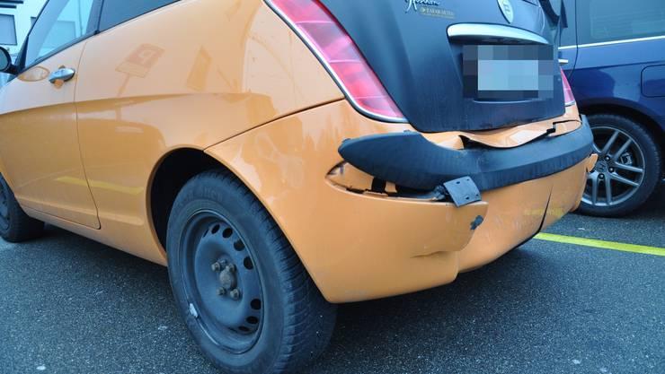 Beim Lancia Ypsilon ist die Rückseite eingedellt.
