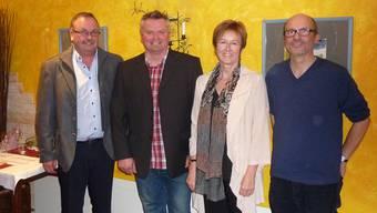 Der bisherige Präsident Gerhard Zumsteg übergibt sein Amt an Armin Eschbach, während die Geschäftsstelle von Erika Essig an Wendel Hilti und Helen Häseli (fehlt auf dem Bild) übergeht (von links) GHI