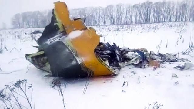 Eine Überwachungskamera filmt Flugzeugabsturz