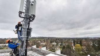 Montage einer 5G-Antenne in Chêne-Bougeries am 5. April im Kanton Genf.