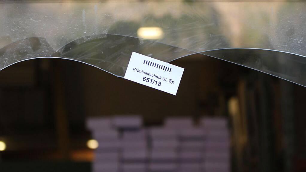 Die Einbrecher hinterliessen in Bilten GL einen hohen Sachschaden. (Symbolbild)