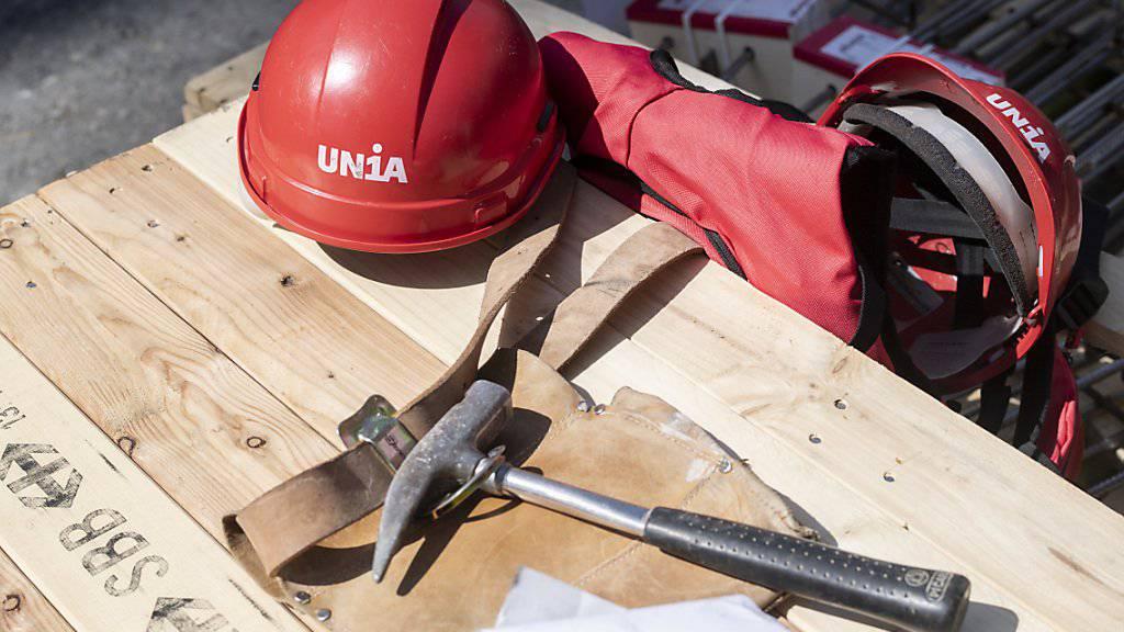 In der Schweiz sind wiederholt Angestellte entlassen worden, die sich gewerkschaftlich engagiert haben. Aus diesem Grund ist die Schweiz nun auf einer schwarzen Liste gelandet. (Symbolbild)