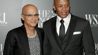 Die Beats-Gründer Jimmy Iovine (l.) und Dr. Dre im New Yorker MoMa