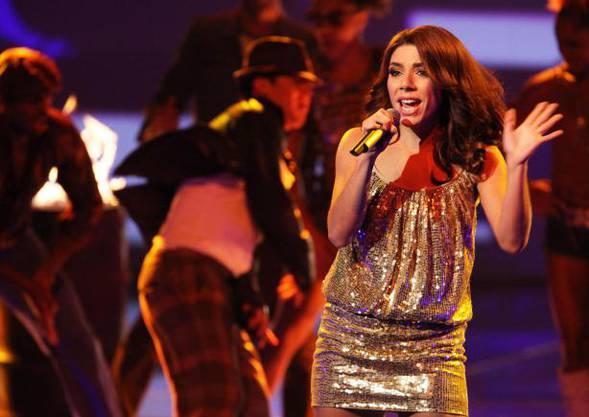 Singt mit Vorliebe soulige Songs wie zum Beispiel von Alicia Keys.