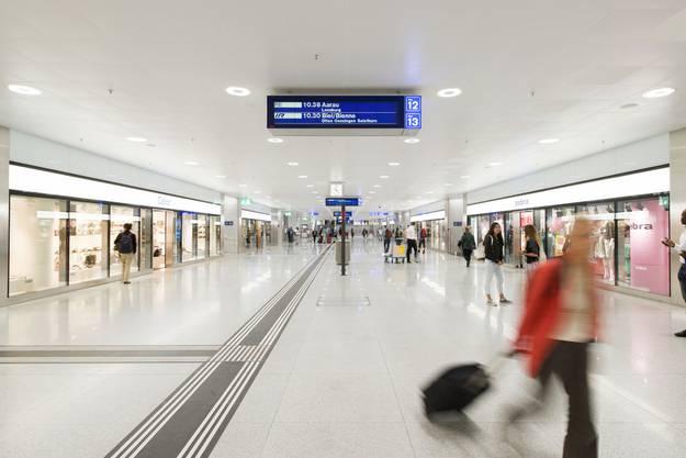 Im Innern des Bahnhofs sieht es ganz anders aus.
