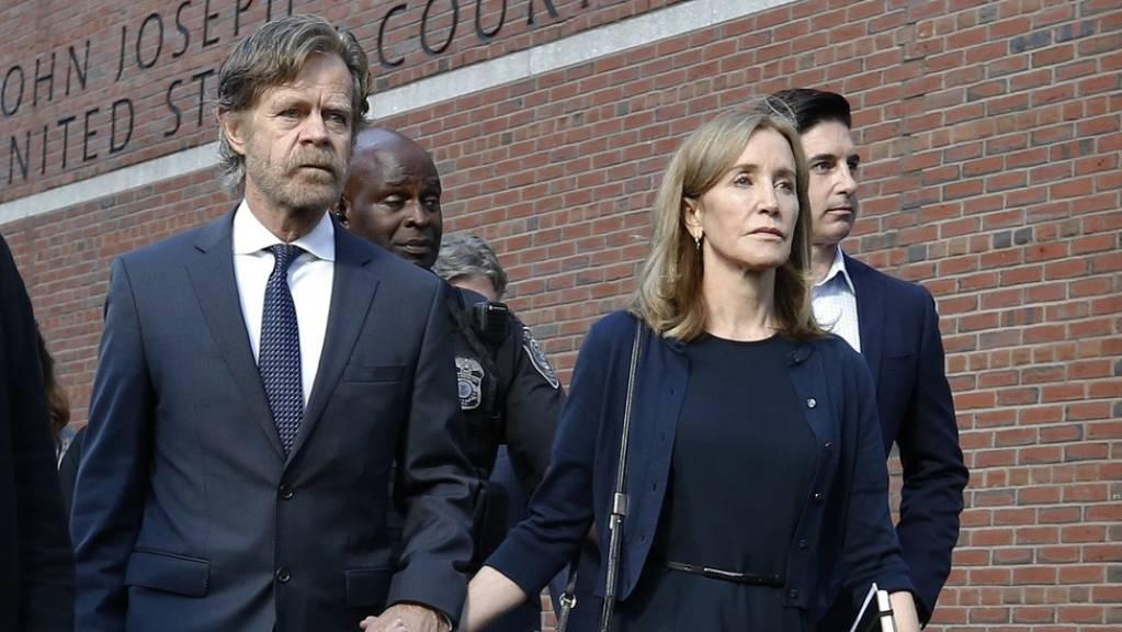 Die «Desperate-Housewives»-Schauspielerin Felicity Huffman wurde Mitte September wegen Bestechung unter anderem zu zwei Wochen Haft verurteilt. Jetzt hat sie diese Strafe angetreten. (Archivbild)