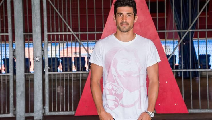 Davide Callà kam in der bisherigen Saison noch zu keinem Einsatz – er bleibt aber positiv. Nicole Nars-Zimmer