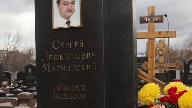 Das Grab des 2009 in Untersuchungshaft verstorbenen russischen Anwalts Sergej Magnitski (Archiv)