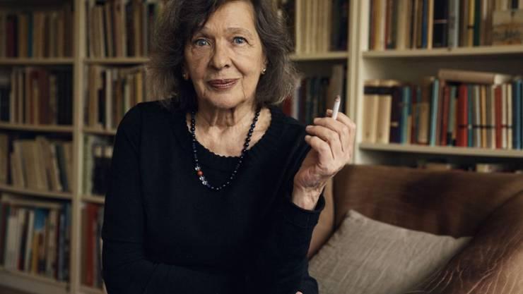 """Die Autorin Zsuzsanna Gahse erhält für ihr Gesamtwerk """"zwischen Prosa und Poesie"""" den Schweizer Grand Prix Literatur 2019. Die gebürtige Ungarin lebt seit 1998 in der Schweiz."""