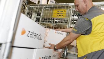 Ein später Frühlingsbeginn vermiest Zalando das Geschäft im ersten Quartal. (Archivbild)