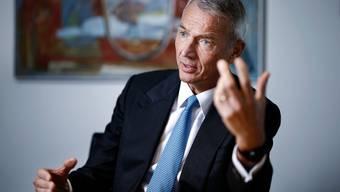 «Es darf keinen zweiten Lockdown geben», warnt UBS-Schweiz-Chef Axel P. Lehmann. Dann sieht er gute Aussichten für die Schweizer Wirtschaft.
