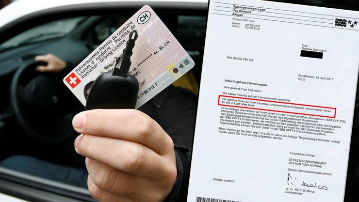 Nicht nur dankende Worte, auch einen SBB-Gutschein erhält Therese Steinmann vom Kanton Aargau für ihre Rückgabe des Führerausweises.