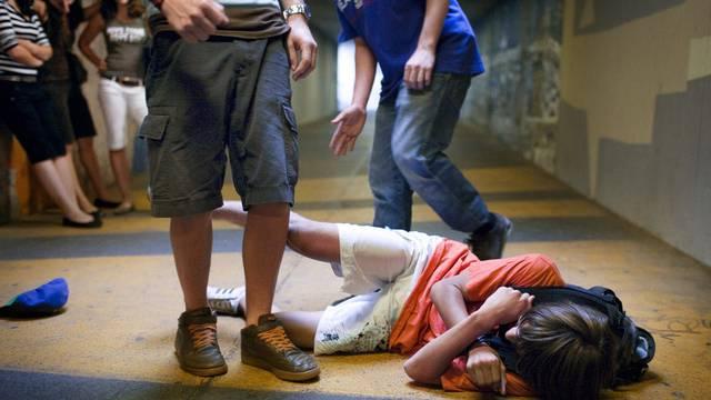 Im Kanton Zürich wurden im letzten Jahr weniger Gewaltstraftaten durch Jugendliche verübt (Symbolbild)