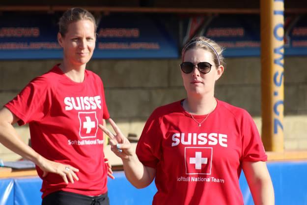 Links Melanie Wanner - Rechts Assistant Nina Wunn