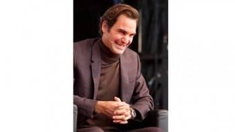 Gut gelaunt und voller Zuversicht: Roger Federer während des Podiumsgesprächs. Foto: Patrick Lüthy