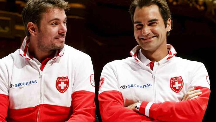Stan Wawrinka und Roger Federer werden sich für einen guten Zweck kurz vor Weihnachten im Hallenstadion Zürich gegenüber stehen.