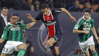 PSG-Spieler Nene (mitte) schaffte den wichtigen Anschlusstreffer.