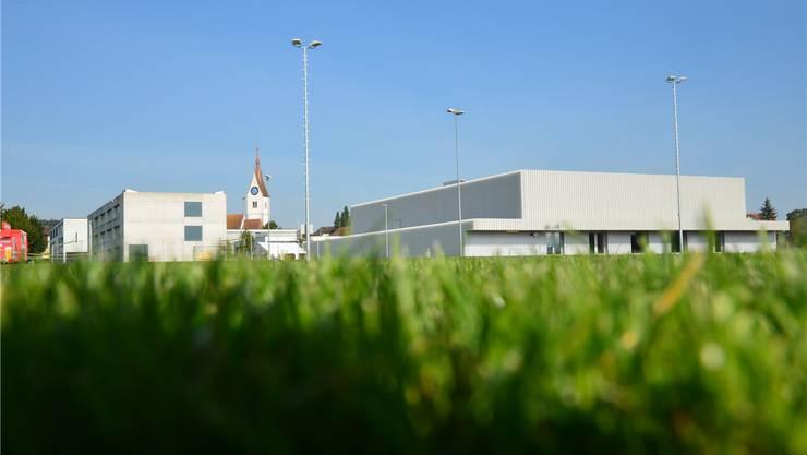 Rasensportplatz und Dreifachturnhalle werden in Merenschwand an diesem Wochenende nach einer langen Planungs- und Realisierungszeit gefeiert. ES