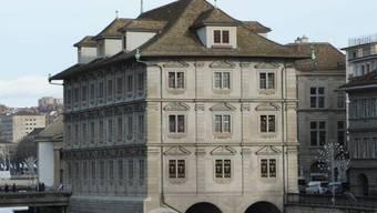 Im Bild das Rathaus.