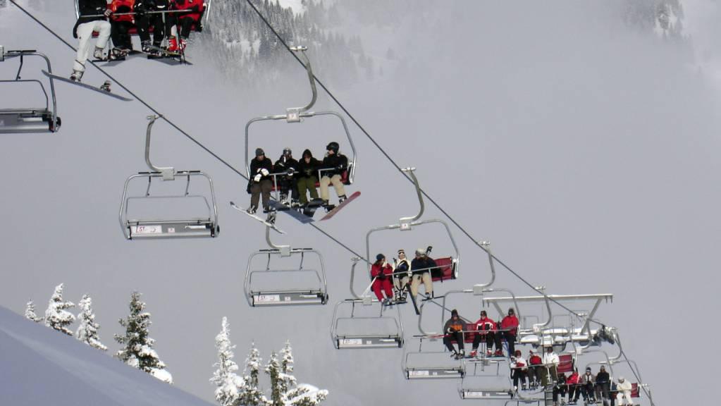 Besonders dank des Wintersports ist der Schweizer Sportmarkt im ersten Halbjahr 2019 gewachsen. (Symbolbild)